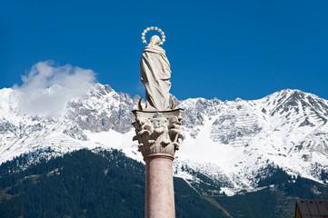 Heiligensäule in den Alpen