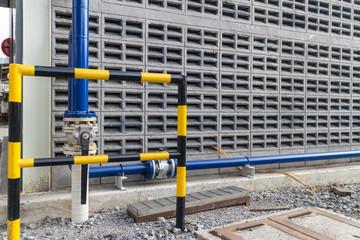 guard rail anti crushing of pipe