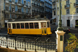 Straßenbahn in Lissabon - 83587971