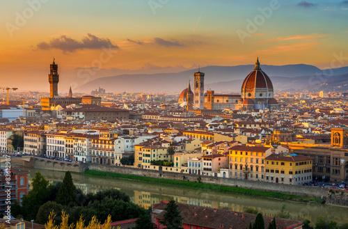 Zdjęcia na płótnie, fototapety na wymiar, obrazy na ścianę : Sunset view of Florence and Duomo. Italy