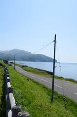 海辺の道と海岸