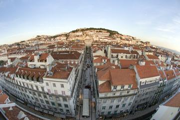 Blick über Lissabon vom Elevador de Santa Justa