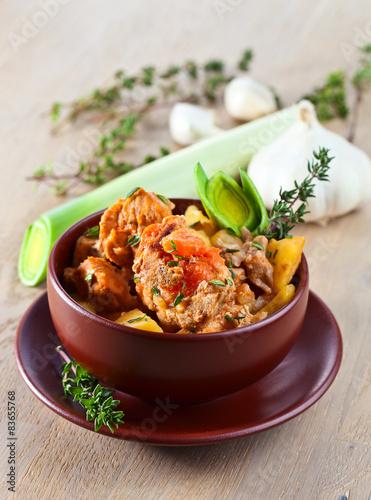 """Beef Stew with Carrots and Potatoes"""" zdjęć stockowych i obrazów ..."""
