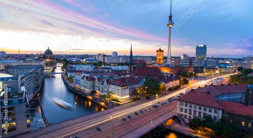 Deurstickers Berlijn Skyline Berlin, Blick auf den Alexanderplatz