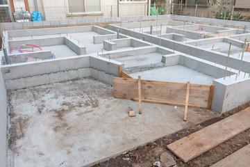 マンションの基礎  Building site foundation work