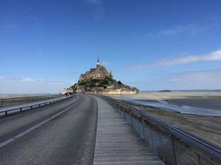 the road to Mont St Michel