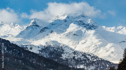 Fotobehang Vestingwerk Hochgebirge im Graubünden, Schweiz