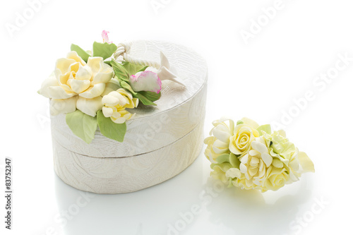 Staande foto Roses Wedding gift box