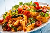 Fototapety Pasta with meat, tomato sauce and vegetables