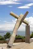 Escultura da Cruz Caída em Salvador
