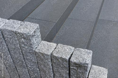 au entreppe aus basalt und randsteine aus granit. Black Bedroom Furniture Sets. Home Design Ideas