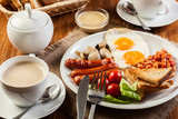 Fototapety English breakfast with sausage