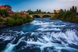 Fototapety Spokane Falls at sunset, in Spokane, Washington.