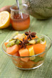Постер, плакат: macedonia di frutta al miele con melone e kiwi
