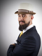 Постер, плакат: Hipster elegante con sombrero
