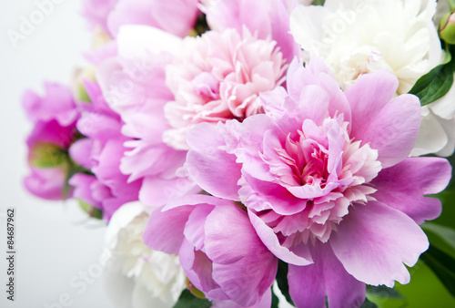 Plakát, Obraz Beautiful bouquet of pink and white peonies