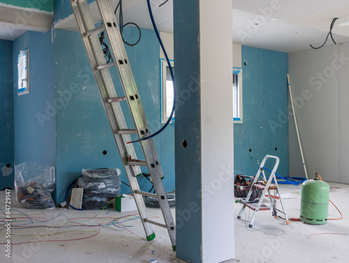 Chantier int rieur maison neuve stock photo and royalty for Interieur maison neuve