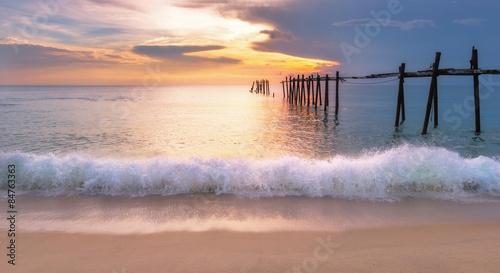 morze-piasek-slonce