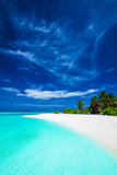 White tropical beach with beautiful sky with palm trees and blue - 84780114