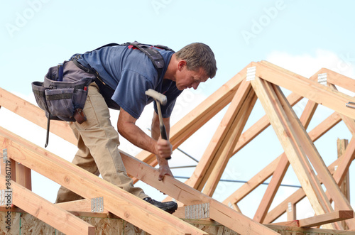 Layout and installation of roof rafters  - 84861719