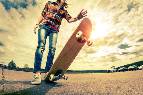 Fotobehang Skateboard Young lady with skateboard