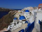 Fototapeta White architecture of Oia village on Santorini island, Greece