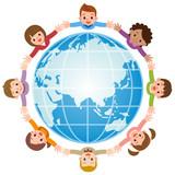 世界平和を祈る子供たち 絆