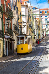 Lisbon's Gloria funicular © Sergii Figurnyi