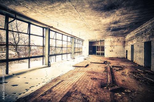 industrialne-pomieszczenie-fabryczne