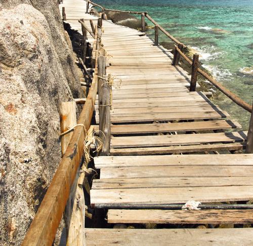 bridge on tao © metrue