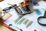 desk office business finanční účetnictví vypočítat graf analýzu fiz