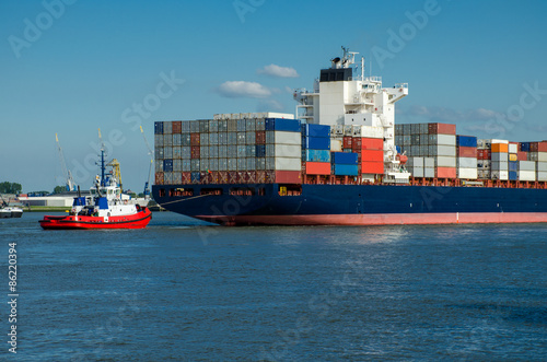 Foto op Plexiglas Rotterdam Container ship in the port of Rotterdam, Holland