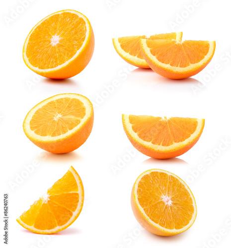 Przyrodnia pomarańczowa owoc na białym tle