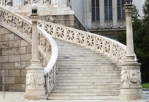marble staircase © mtv2021