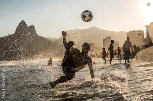 Póster Voleio una Beira Mar, Río de Janeiro, Brasil