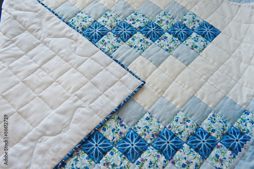 Valokuva Manual manufacturing of blankets 3003.