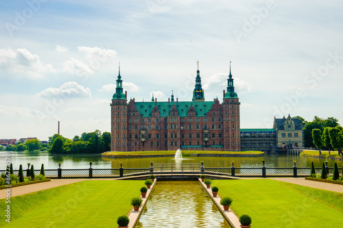 Poster Frederiksborg Palace from the garden