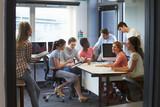 Fototapety College Students Having Informal Meeting With Tutors