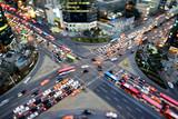 Belebte Straßenkreuzung in Gangnam Seoul - 87153988