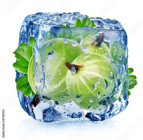 Gooseberry in ice cube - 87385921