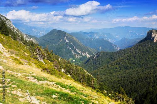prosty-krajobraz-gor