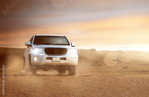 Poster Offroad Cars in the Desert