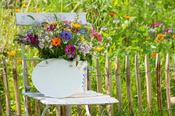 bilder und videos suchen wildblumen. Black Bedroom Furniture Sets. Home Design Ideas