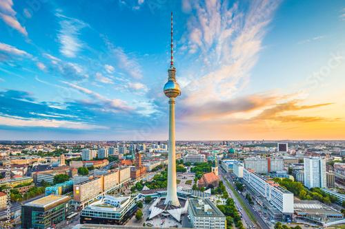 Zdjęcia na płótnie, fototapety na wymiar, obrazy na ścianę : Berlin skyline panorama with TV tower at sunset, Germany