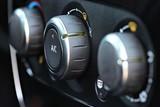 eingeschaltete Klimaanlage im Auto