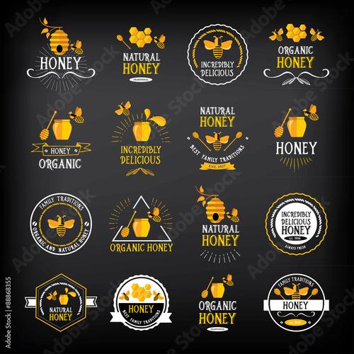 Zdjęcia na płótnie, fototapety, obrazy : Honey badge and label. Abstract bee design.