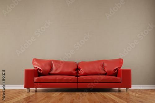 rotes sofa vor leerer wand im wohnzimmer stockfotos und lizenzfreie bilder auf. Black Bedroom Furniture Sets. Home Design Ideas