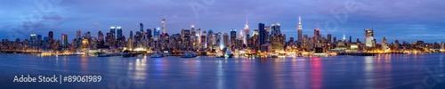 obraz PCV Manhattan Skyline bei Nacht New York USA