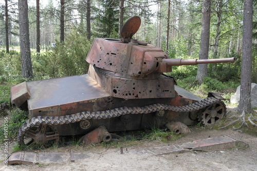 Постер, плакат: Финляндия Зимняя война старая военная техника , холст на подрамнике