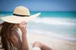 �ワイ�海辺�リラックス���る女性